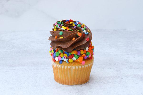 Black on White Cupcakes