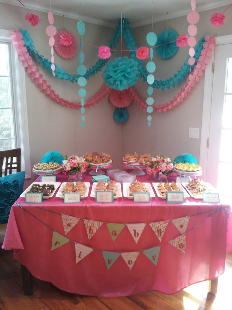 Baby-Shower-Table
