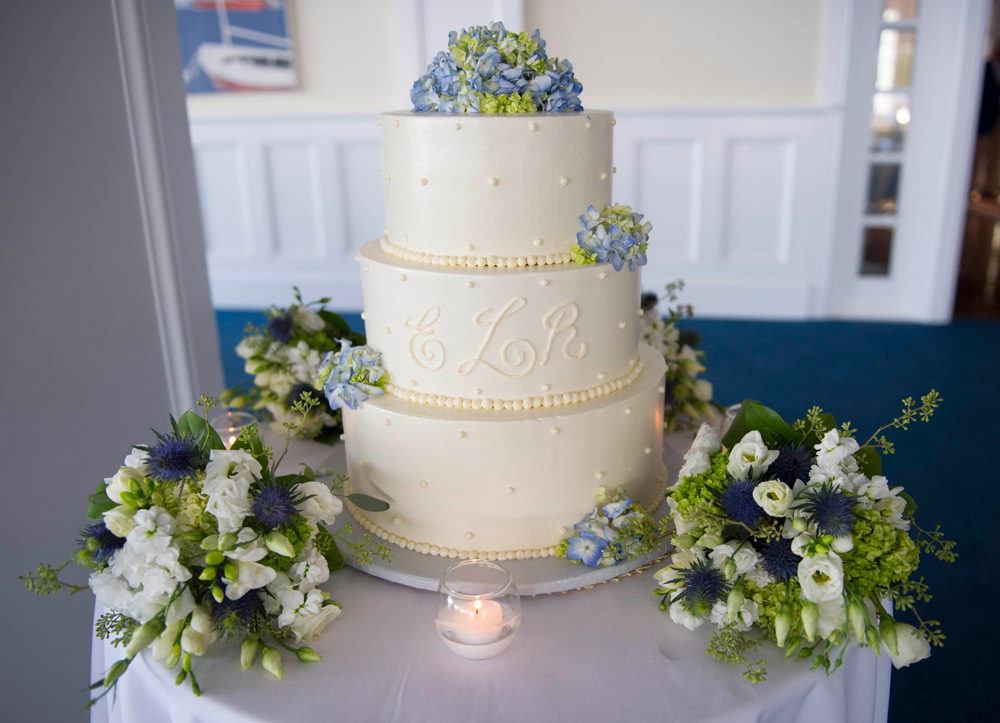 Cake-by-Palmers-Bakery