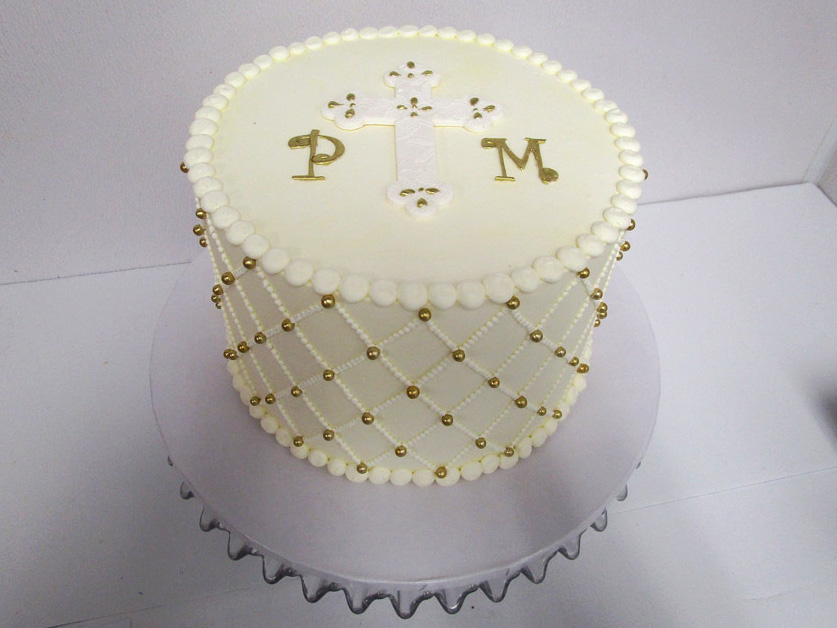 Gold-_-White-Quilted-Cross-Cake