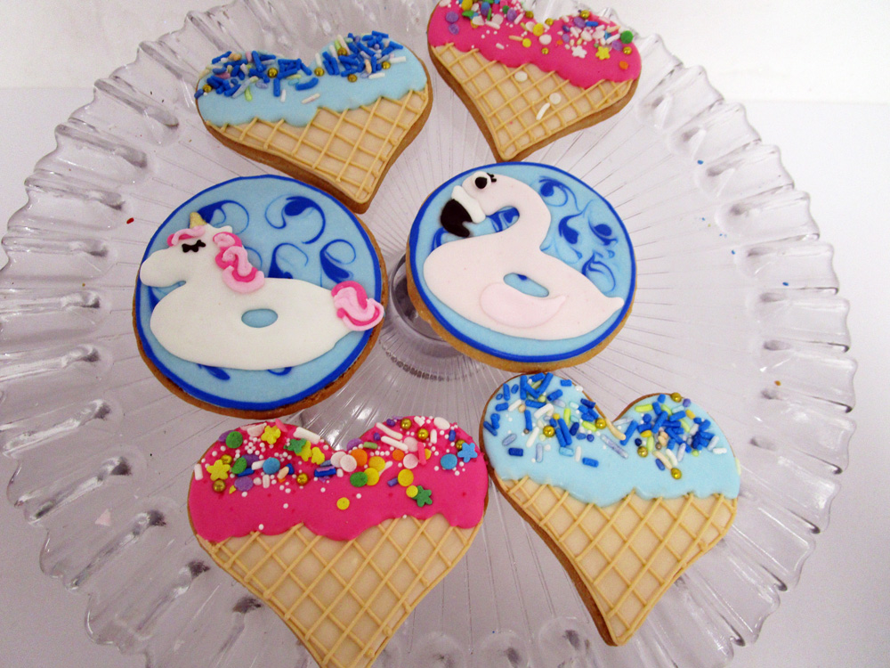 Ice-Cream-and-Pool-Float-Cookies