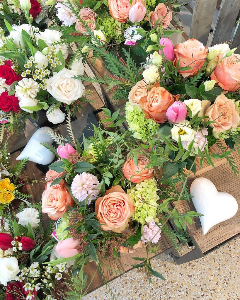 Palmers Market – Store Gallery – Flowers – -01